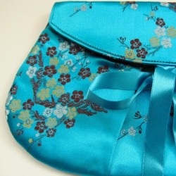 turquoise clutch detail